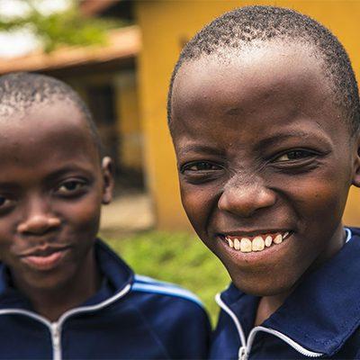 twee rwandese jongens